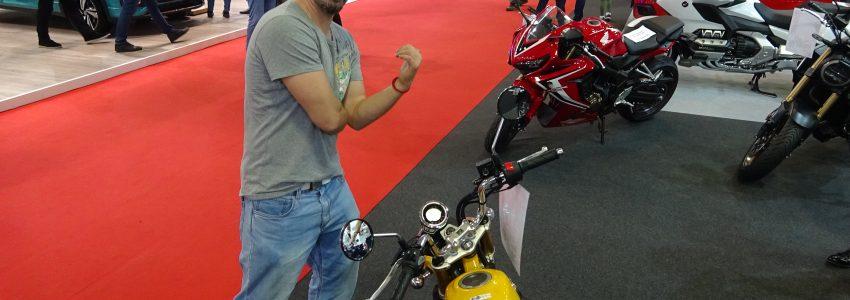 Калин Врачански на щанда на Honda