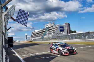 Honda Civic Type R TCR бе награден за TCR Модел на годината