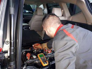 Механиците на Honda готови да обслужват бъдещата хибридна гама